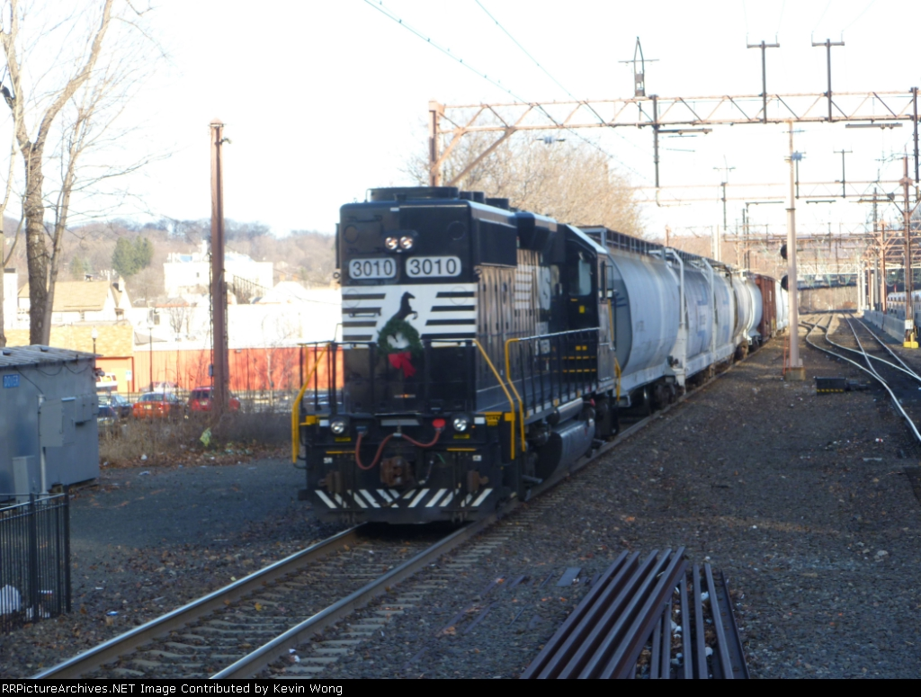 NS 3010 trails the H-02