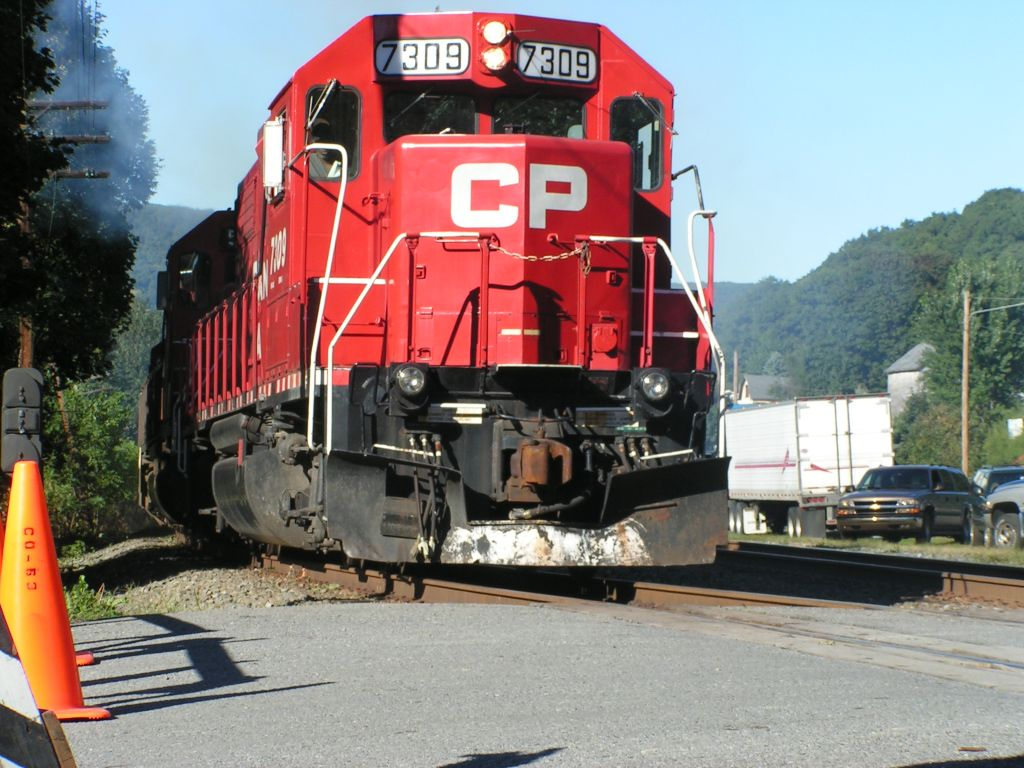 CP 7309 on the move