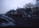 1403-07 Eastbound SOO freight comes down Short Line Hill to Chestnut St