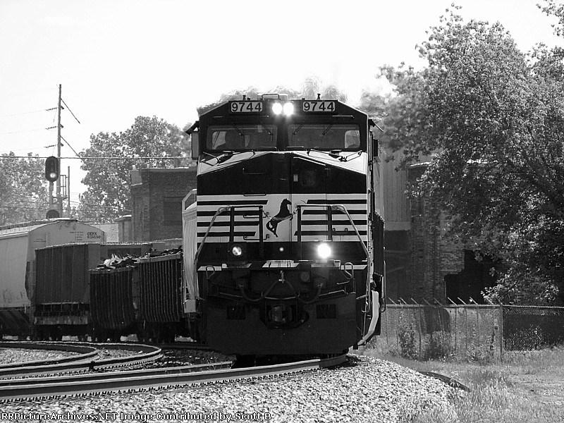NS 9744 NS 12E
