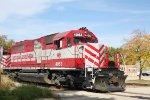 """WSOR 4053 leads a rare """"through train"""""""