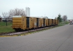 Boxcars right up to the end of the spur