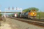BNSF 8707 westbound