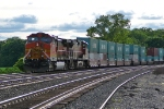 BNSF 5108 eastbound