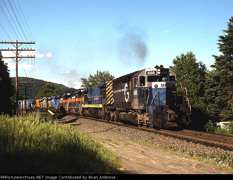 MEC SD40-2 600