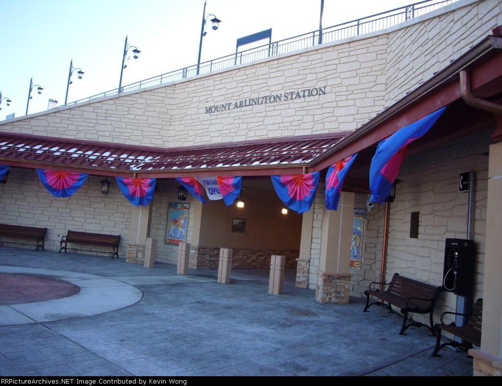 Mount Arlington station front