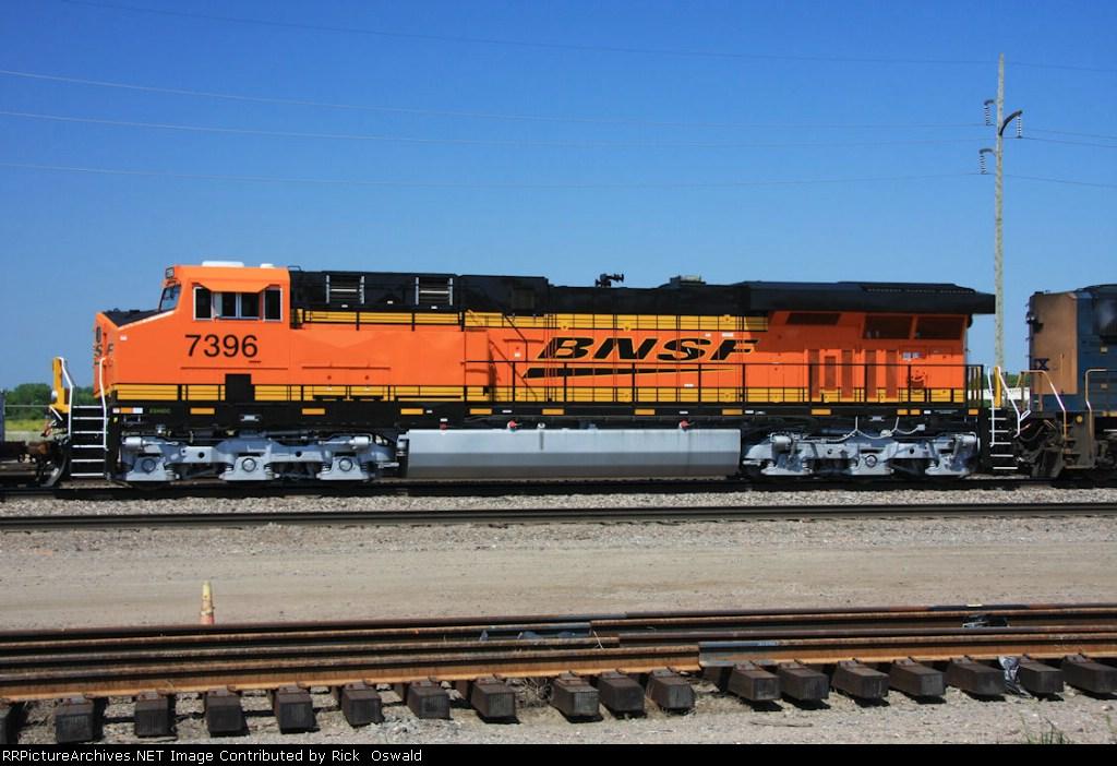 BNSF 7396