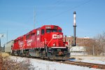 CP 2308 leads G64 past the shuttered Oscar Mayer plant with just one for the WSOR interchange