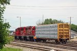 G64 grabs a loaded centerbeam from the WSOR yard