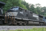 NS 8895 part of a pusher set for an EB freight train