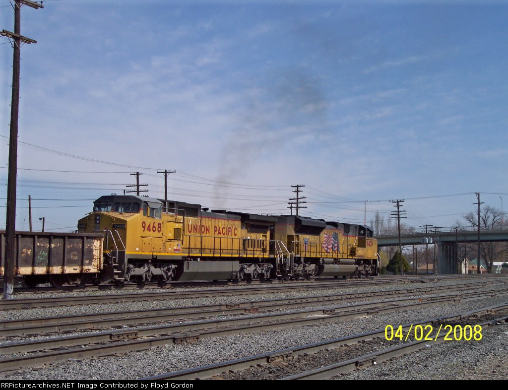UP 9468 and UP 8400 head east