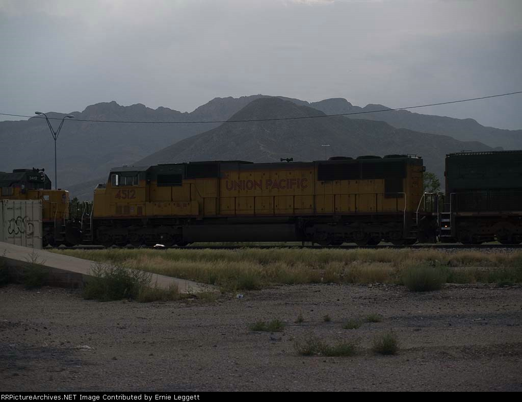 UP 4512 #4 power in a WB manifest at 6:21pm