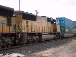 UP 4034 #3 power in a WB doublestack IMNLB Marion, AR - Long Beach, CA at 4:12pm