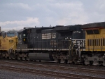 NS 8774 #2 power in a switching group in MTUFW Tucson - Fort Worth, TX at 4:47pm