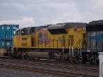 UP 8515 #5 power in a switching group in MTUFW Tucson - Fort Worth, TX at 4:47pm