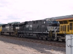 NS 7636 #2 power in an EB doublestack at 1:40pm