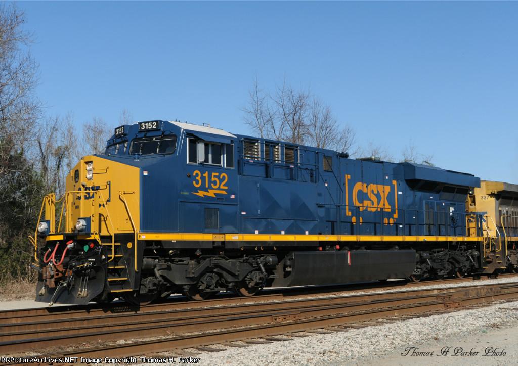 CSXT 3152 (ES44AH)