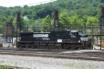 NS 9306 by the fuel and sand stations