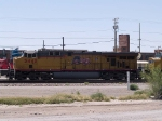 UP 5440 leads an EB manifest at 11:41am