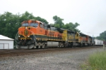 BNSF 1104 snakes off the Porter Branch