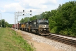 NS 6786 of Conrail heritage heads for Decatur