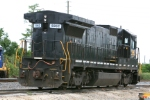 CSX 5962 can't completely hide its obvious Norfolk Southern markings