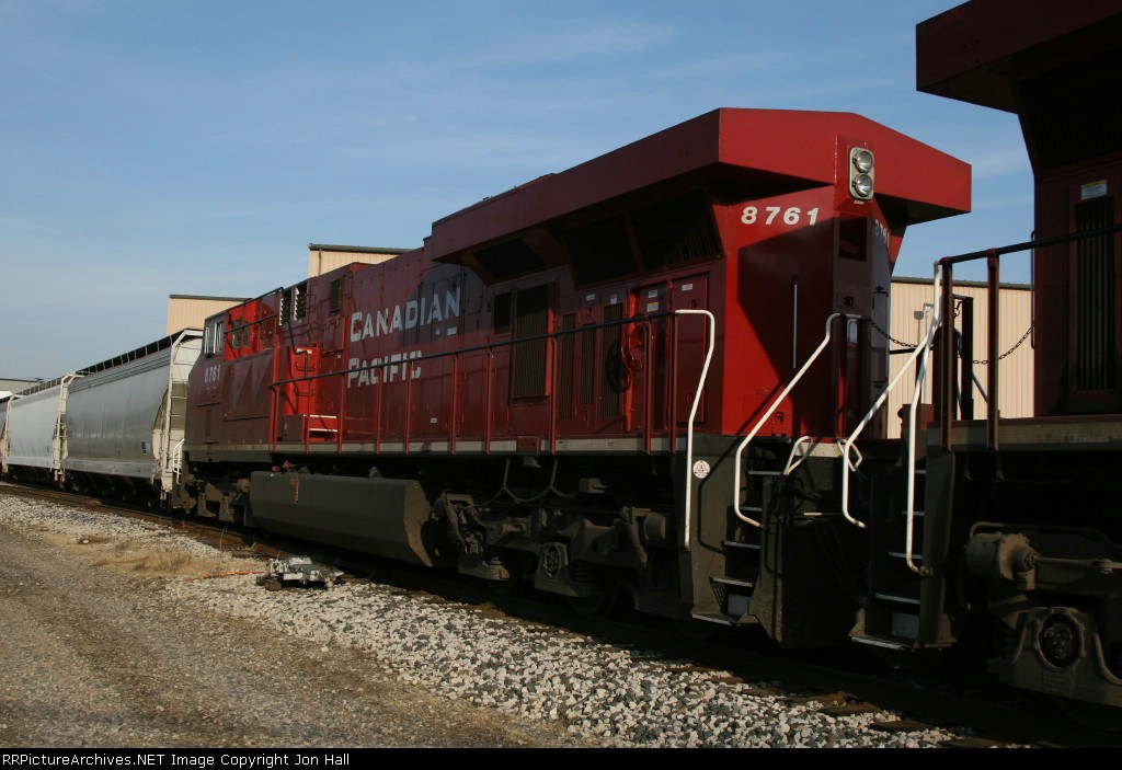 CP 8761