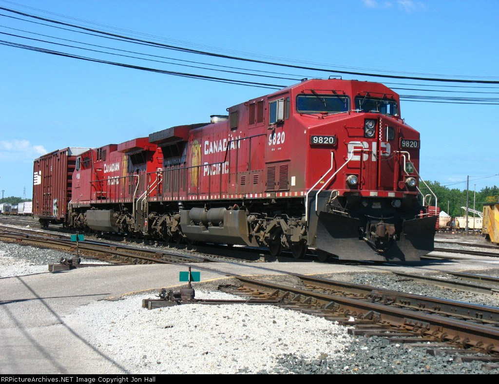 CP 9820 coming out of track 2 with X500's 1 car pick up