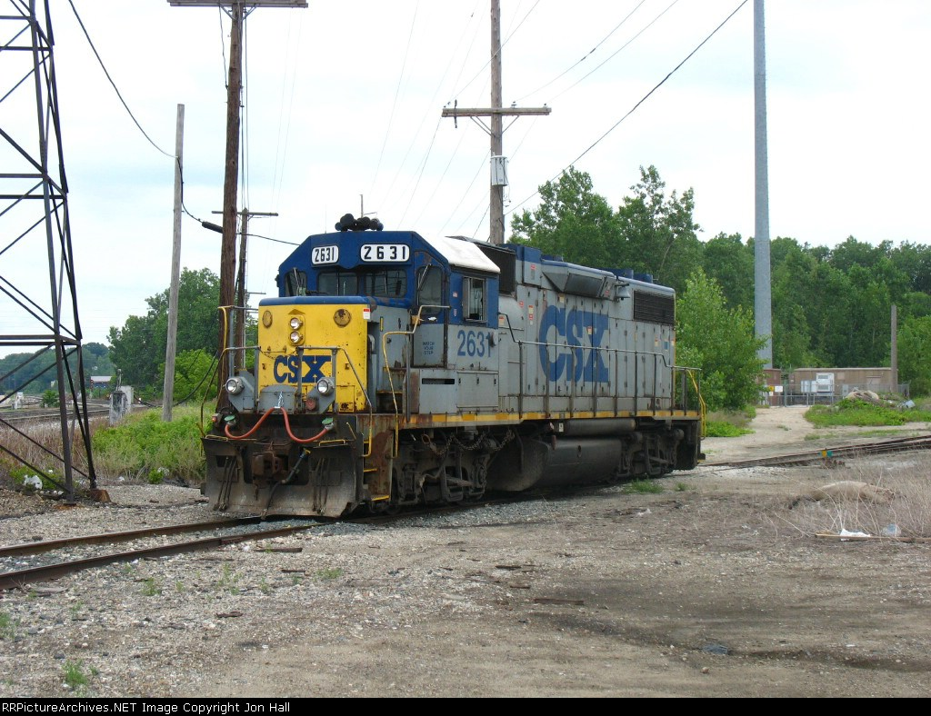 CSX 2631 rolling off the City Market Spur