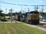 CSX 5456 & HLCX 7181 rolling in with Q335-01 on short time