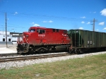 CP 9820 leading X500-30 past the rear end of Q335-01