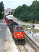 CN 2628 leading X500-18 out of the Sunnyside interlocking