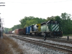 HLCX 7202 & CSX 7376 finally bringing Q326-19 into the yard