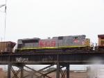 KCS 4014 on a rainy morning