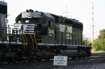Detroit Mack turns on the North Freight approach bit for CP 421