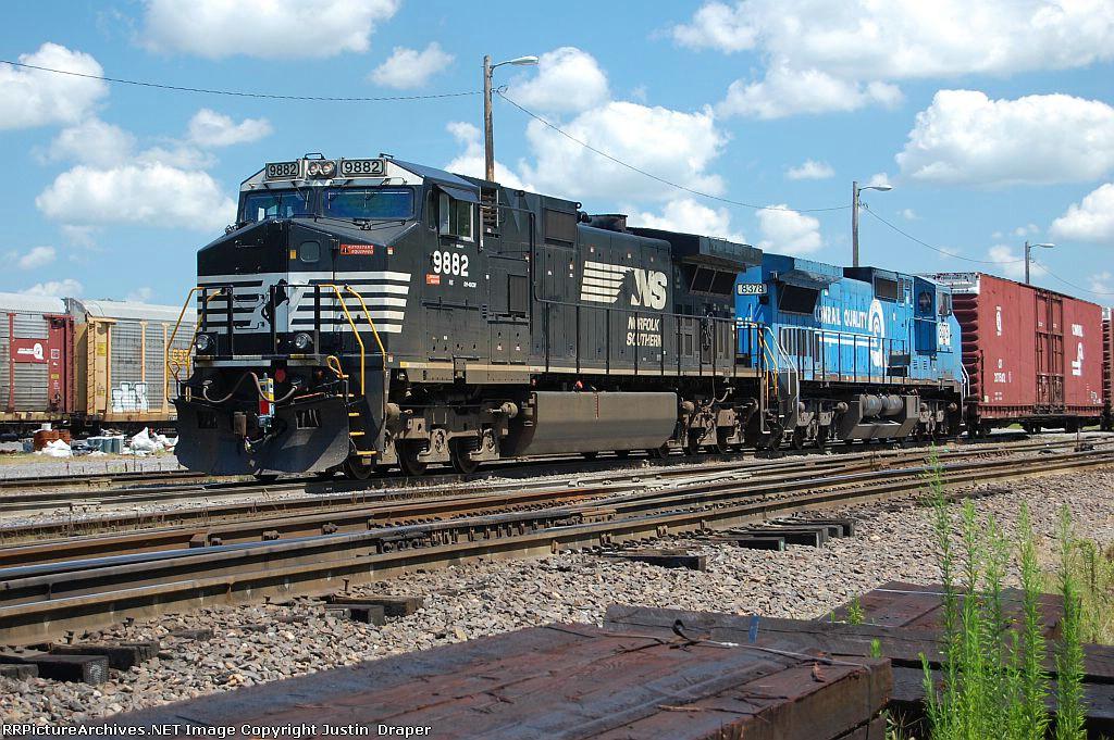NS 9882 & NS 8378