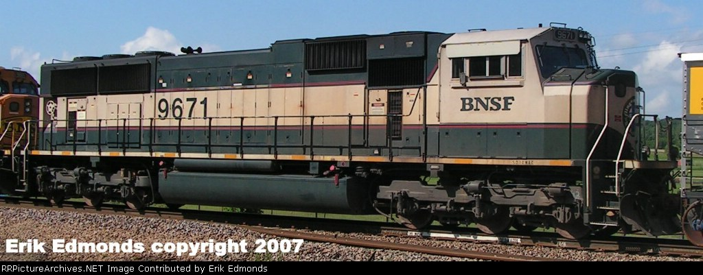 BNSF 9671