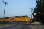 UP 3929 On the SSW Stoddard Street Crossing