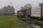 CN Train 490