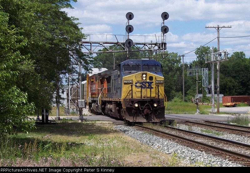 CSXT Train Q21611
