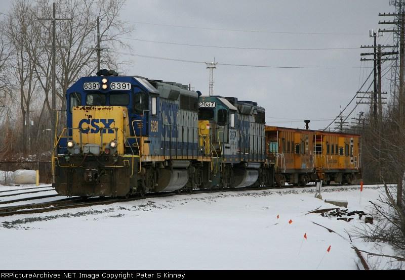 CSXT Train Y10718