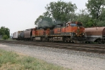 BNSF 1076 & 5309 chugging along with 10R