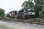 NS 2663 & 9247 leading 34J