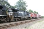 NS 8905 & CP 5692
