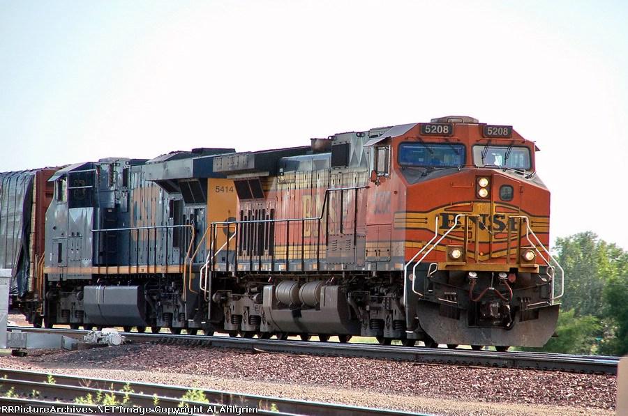 CSX 5414 & BNSF 5208