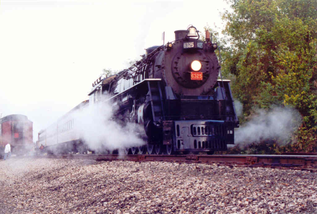 6325 ready to pull the NKPHTS back to Coshocton