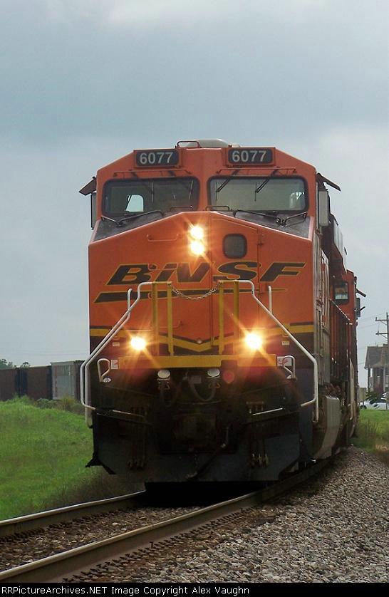 BNSF 6077
