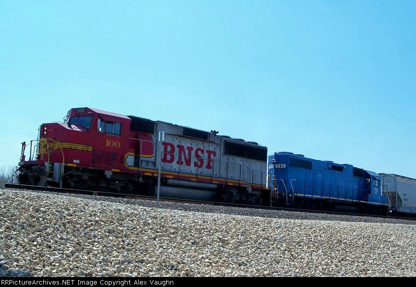 BNSF #100 and EMDX #780