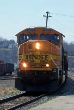 BNSF 8825