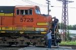 BNSF 5728